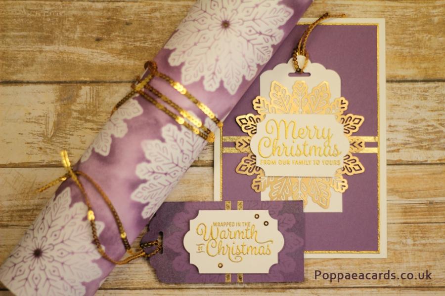Snowflake gift wrap set